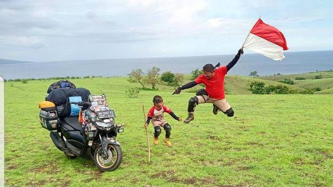 Petualangan Lilik Gunawan dan Balda menempuh jarak 5 ribu km, melintasi 12 provinsi, dan menyebrangi tujuh pulau menuju Timor Leste.