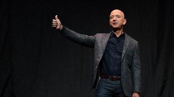 Petisi Kocak Bezos, Dilarang Balik ke Bumi hingga Bumi Datar