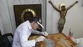 Upaya seorang pemugar asal Yunani, Venizelos Gavrilakis, untuk merestorasi artefak gereja di Istanbul, Turki.