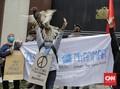 FOTO: Aksi Solidaritas Kecam Kudeta Myanmar di Jakarta