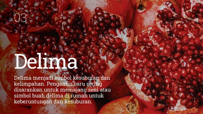 Buah-buahan memiliki simbol tersendiri untuk Imlek. Ada beberapa jenis buah yang melambangkan keberuntungan.