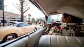Klub penggemar mobil klasik berkumpul hampir setiap akhir pekan di Tokyo, Jepang untuk memamerkan Cadillac, Chevrolet dari pertengahan hingga akhir abad ke-20.