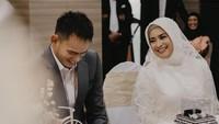 <p>Ikke Nurjanah baru saja melangsungkan pernikahannya dengan Karlie Fu. (Foto: Instagram @karliefu_)</p>