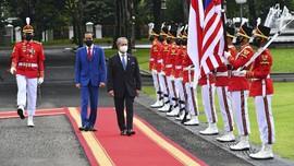 PM Muhyiddin Minta Jokowi Pulangkan TKI Ilegal di Malaysia