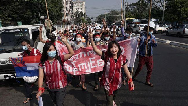 Pemutusan internet dilakukan untuk meredam peningkatan gelombang protes atas kudeta Aung San Suu Kyi.
