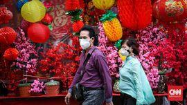 FOTO: Geliat Pecinan di Kepala Naga
