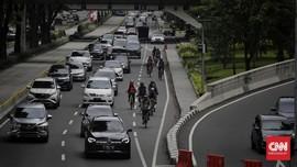 Instruksi Anies: Mobil Usia 10 Tahun Dilarang di Jakarta