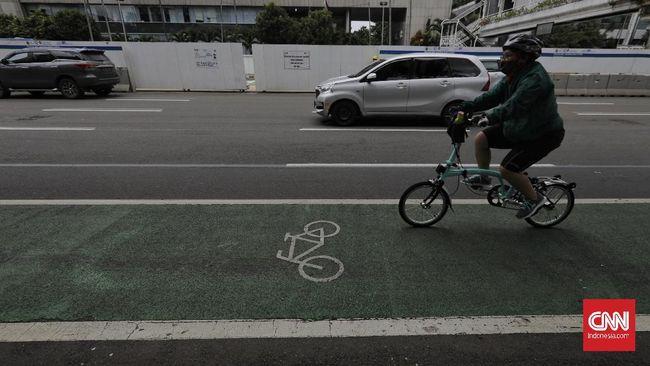 Sejumlah pengusaha menilai pemberian insentif bagi pekerja yang naik sepeda ke kantor belum menjadi prioritas.