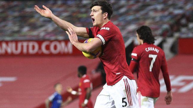 Gol telat Harry Maguire berhasil membawa Inggris meraih kemenangan 2-1 atas Polandia yang berhasil mencuri gol karena blunder John Stones.