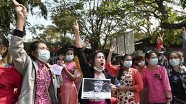 Covid Melonjak, Junta Myanmar Minta Penduduk Diam di Rumah