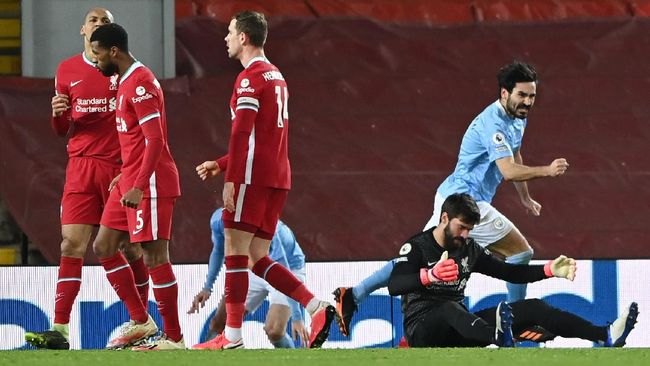 Setelah menjadi juara Liga Inggris pada musim lalu, Liverpool yang baru dibantai Manchester City hanya menargetkan posisi empat besar.
