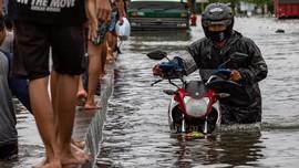 FAKTA: Korban Banjir Bisa Gugat Pemda yang Abaikan Info BMKG