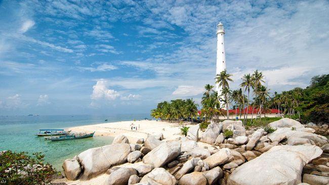 Geopark Belitung resmi menjadi anggota UNESCO Global Geopark dengan keberadaan 17 geositenya yang disebut unik dan kaya sejarah.