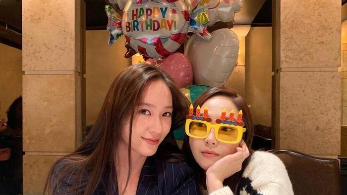Adu Pesona Jung Sisters, Krystal f(x) dan Jessica ex-SNSD