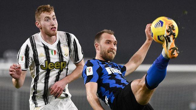 Christian Eriksen sambangi lokasi pemusatan latihan Inter Milan untuk kali pertama setelah insiden serangan jantung di Euro 2020.