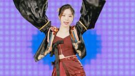JYP Minta Maaf soal Kostum Dahyun-Chaeyoung di Switch to Me