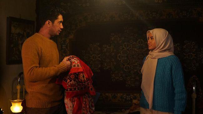 Ada asa terpendam dari Layla Majnun, film yang dibintangi Reza Rahadian dan Acha Septriasa, memilih rilis di layanan streaming.