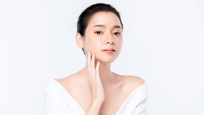 5 Bahan Aktif yang Harus Ada Dalam Skincare Agar Kulit Cerah dan Cling!