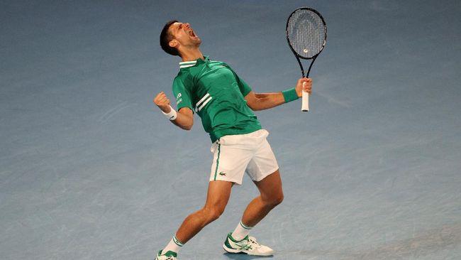 Novak Djokovic berhasil melaju ke babak 16 besar Australia Open usai mengalahkan Taylor Fritz dalam tempo tiga jam 25 menit, Jumat (12/2).