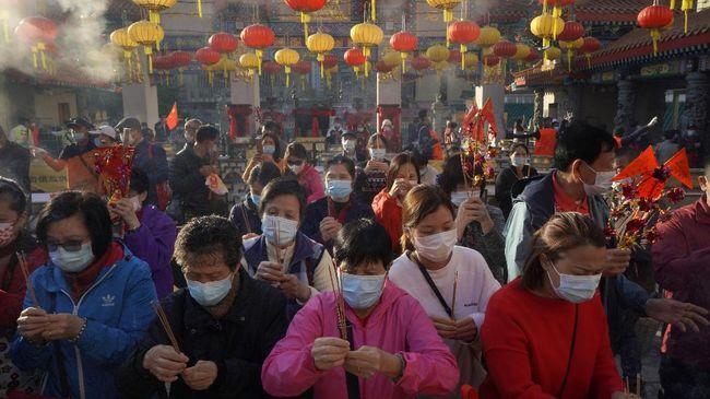 Flower Festival yang biasanya digelar setiap Imlek di Victoria Park, Hong Kong, pada tahun ini tak dilaksanakan karena pandemi virus Corona.