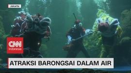 VIDEO: Atraksi Barongsai Dalam Air