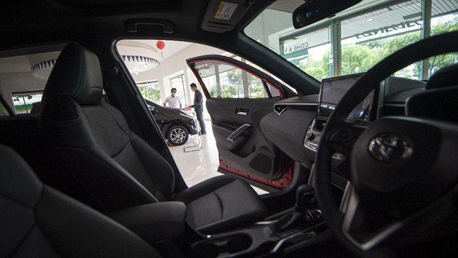 Bank Indonesia menurunkan batas uang muka untuk pembiayaan kendaraan bermotor menjadi nol persen. Berikut rinciannya.