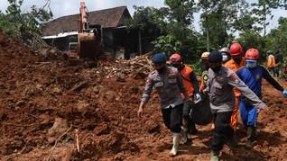 Longsor di Area PLTA Tapsel, Tiga Korban Meninggal Dievakuasi