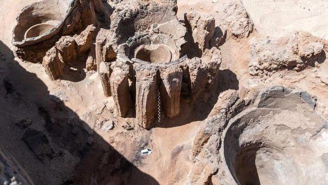 Arkeolog temukan pabrik bir kuno diperkirakan dari 3.100 SM di Mesir.