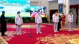 VIDEO: Jokowi Lantik Dua Kepala Daerah Terpilih