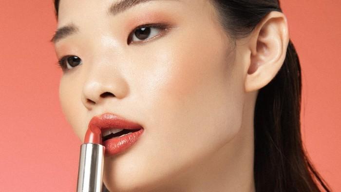 Bibir Lembap dan Cerah, Berikut 4 Rekomendasi Tinted Lip Balm Lokal