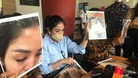 <p>Kasus KDRT ini sendiri masih berjalan di Polres Jakarta Selatan, Bunda. (Foto: Hanif/detikHOT)</p>