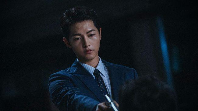 Song Joong-ki membandingkan karakternya dirinya dengan Vincenzo Cassano yakni menjadi tokoh utama dalam drama Korea Vincenzo.