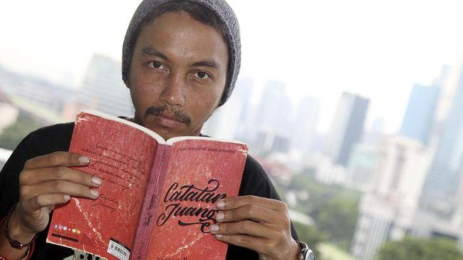 Nama mendiang anak musisi Iwan Fals, Galang Rambu Anarki, ikut trending setelah Kinasih Menyusuri Bumi, nama anak pertama Fiersa Besari.