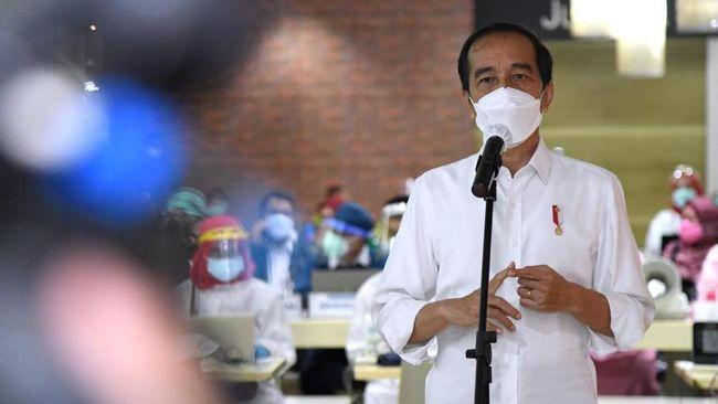 Presiden Jokowi meniru India soal penerapan PPKM mikro yang diyakini mampu menurunkan kasus covid-19.