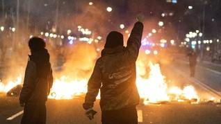 FOTO : Barcelona Membara akibat Penangkapan Rapper