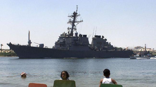 RI mendesak Myanmar segera membebaskan Aung San Suu Kyi sampai kapal perang AS di Sudan.
