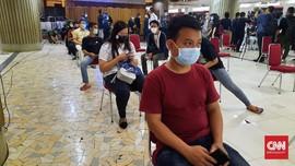 Usai Divaksin, Pedagang Tanah Abang Diminta Tunggu 30 Menit