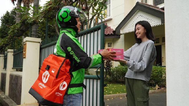 Gojek menggandeng KLHK dalam upaya mengurangi penggunaan sampah sekali pakai melalui tiga strategi GoGreener.
