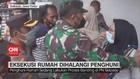 VIDEO: Ricuh Eksekusi Rumah Dihalangi Penghuni