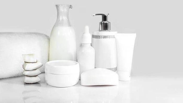 Bener Nggak, Sih ASI Bisa Jadi Skincare yang Bikin Awet Muda?