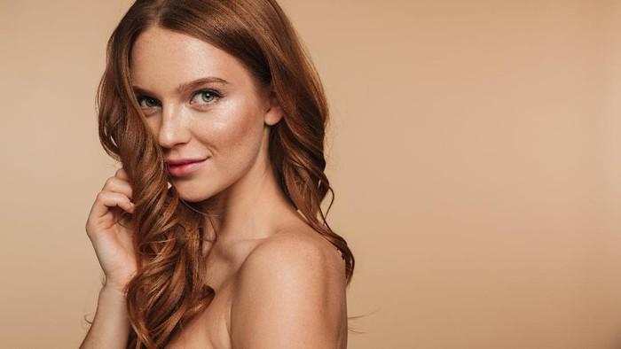 Nutrisi Rambut yang Kering dengan 4 Bahan Alami Berikut