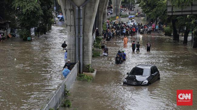 Hujan yang mengguyur DKI Jakarta dan sekitarnya sejak Sabtu (20/2) dini hari, menyebabkan genangan dan banjir di sejumlah titik.