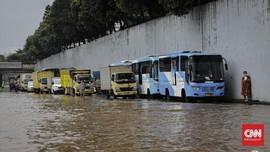 Banjir Jakarta, 3 Rute TransJakarta Disetop Sementara
