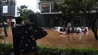 Anies Targetkan Genangan di Jakarta Surut Kurang dari 6 Jam