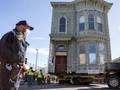 FOTO: Melihat Pemindahan Rumah Kuno di San Francisco