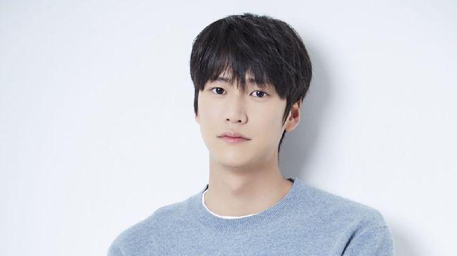 Na In-woo mengungkapkan tiga hal yang biasanya dilakukan untuk meningkatkan mood.