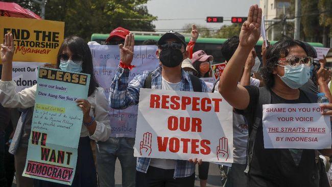Para menlu negara anggota ASEAN bakal mencecar militer Myanmar soal kekerasan ke pedemo dalam pertemuan virtual khusus hari ini, Selasa (2/3).