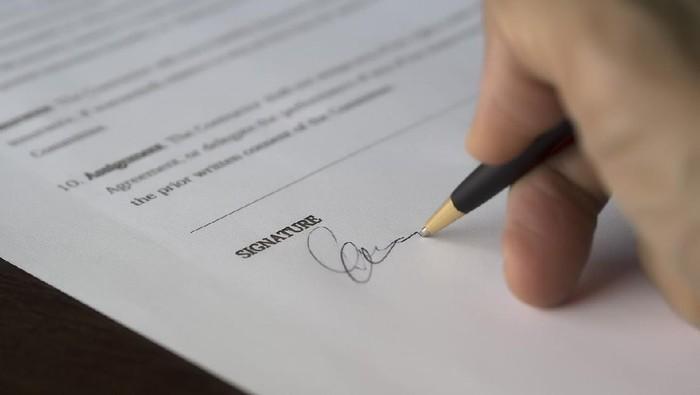 Pastikan 6 Hal Ini Ada Sebelum Tanda Tangan Kontrak Kerja!