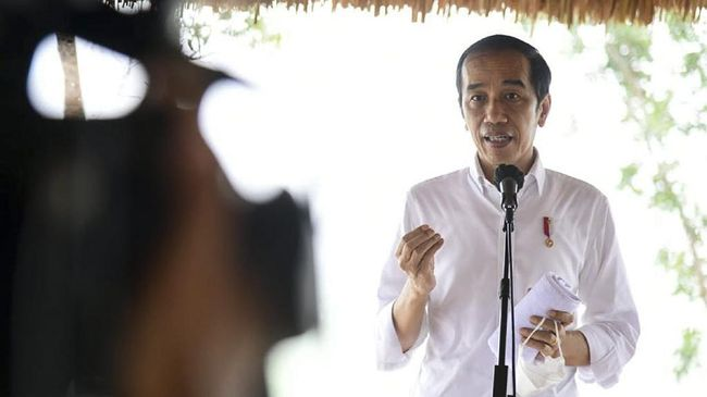 Sejumlah kebijakan Presiden Jokowi pernah dibatalkannya sendiri lantaran menuai kritik dari masyarakat dan menimbulkan kegaduhan.