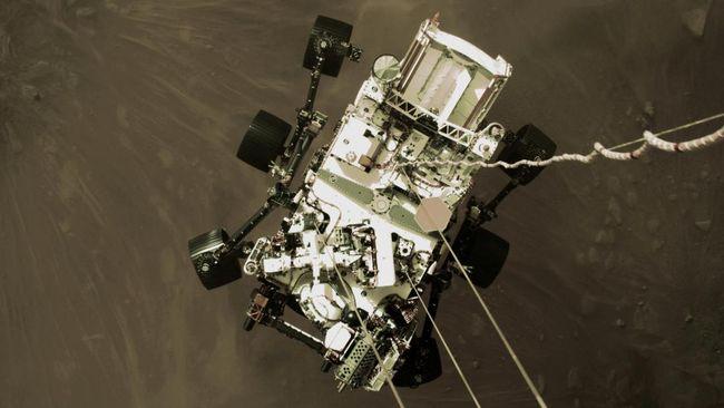 NASA merilis video detik-detik ketika robot yang mereka kirim ke Mars, Perseverance, mendarat di planet tersebut.